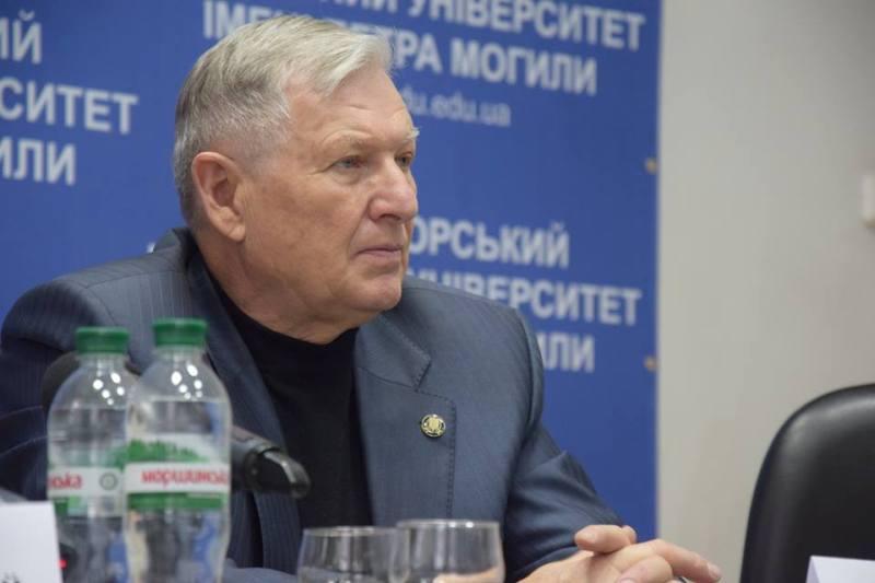 «Клиника – нам, стадион – вам» — ректор «Могилянки» заявил, что Кабмин просто так не отдаст городу стадион и фехтовальный зал (ВИДЕО)
