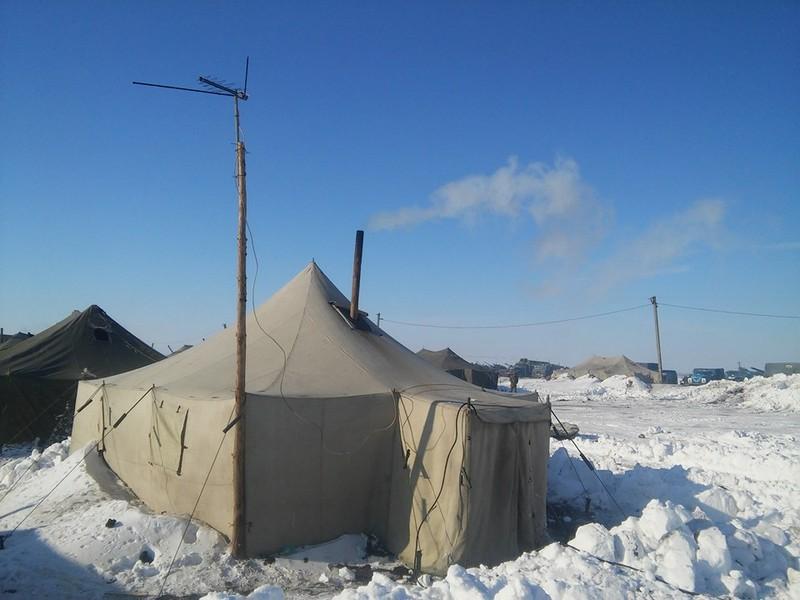 В Минобороны говорят, что 128-я бригада на Широколановском полигоне обеспечена нормальными палатками в нужном количестве