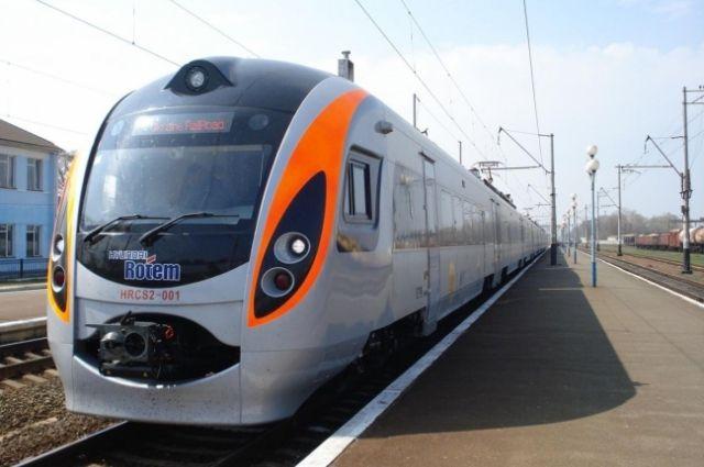 Укрзализныця запускает скоростной поезд Киев-Сумы
