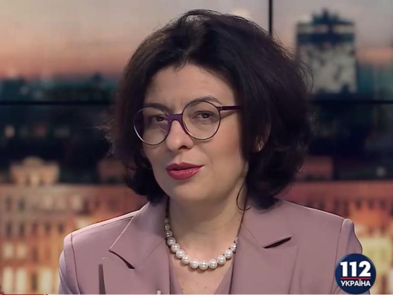 Парламент теряет доверие украинцев из-за подтасовок процедур, – Сыроид