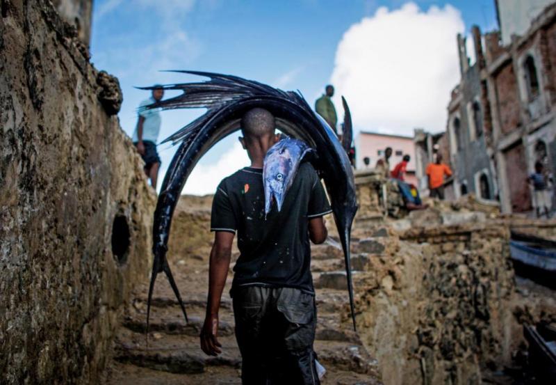 Теракт в Сомали. Взорвали 2 машины