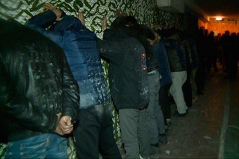 """Полиция взяла под охрану кондитерскую фабрику """"Житомирські ласощі"""""""