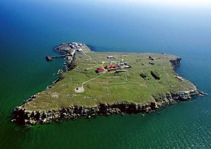 Шведский эксперт считает, что Россия может захватить остров Змеиный