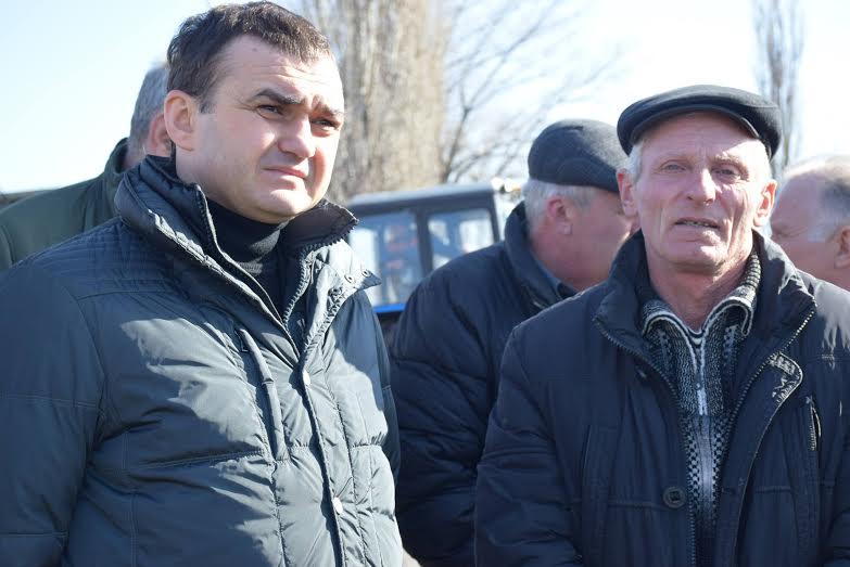 Жителям Захаровки подключили водопровод