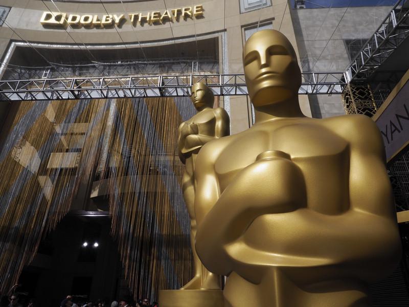 """Церемония вручения """"Оскаров"""": награды и наряды"""