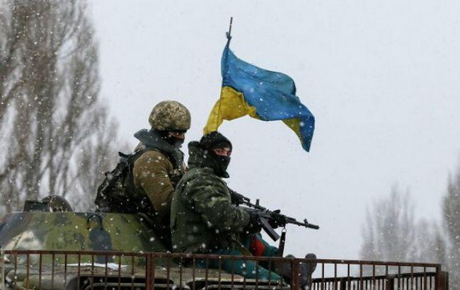 За сутки в зоне АТО один украинский военный погиб, трое получили ранения
