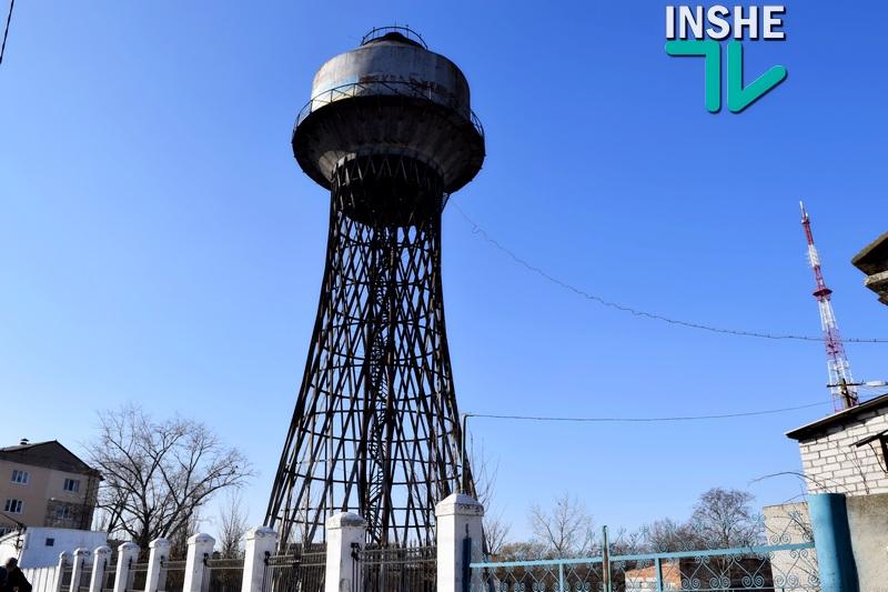 Депутат горсовета Кантор объявил «безумием и бредом» установку нового арт-объекта в виде трехметровой копии башни Шухова