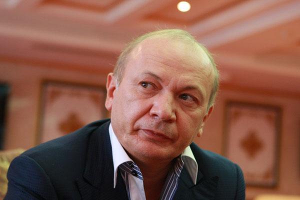 """ГПУ составила подозрение Иванющенко в захвате рынка """"7-й километр"""""""