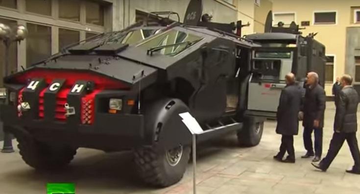 «Каратель» ФСБ. Путину показали машину спецназа. Делайте выводы
