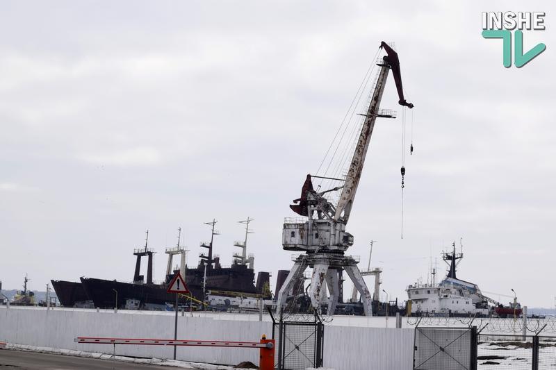 """Чудесно похозяйничали. ГП """"Белгород-Днестровский морской торговый порт""""  сел на мель"""