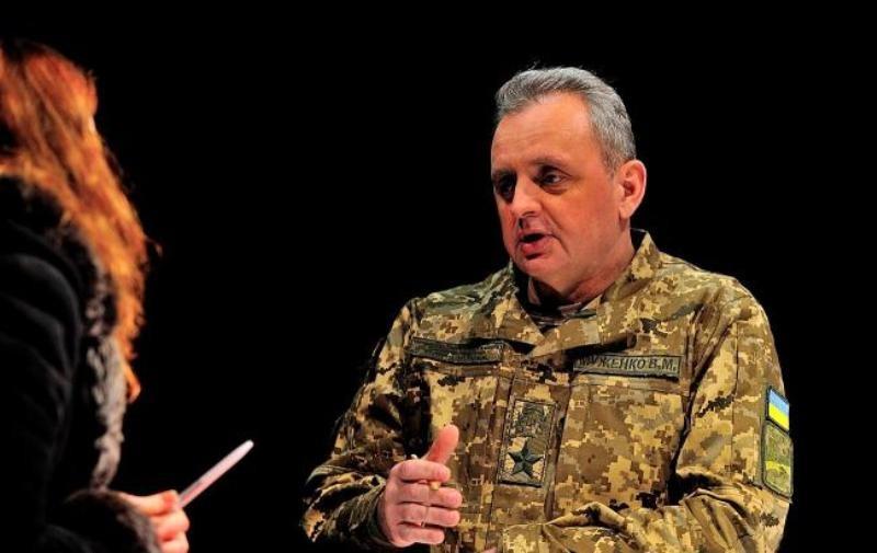 Россия увеличила количество военной техники вдоль границы с Украиной — Муженко