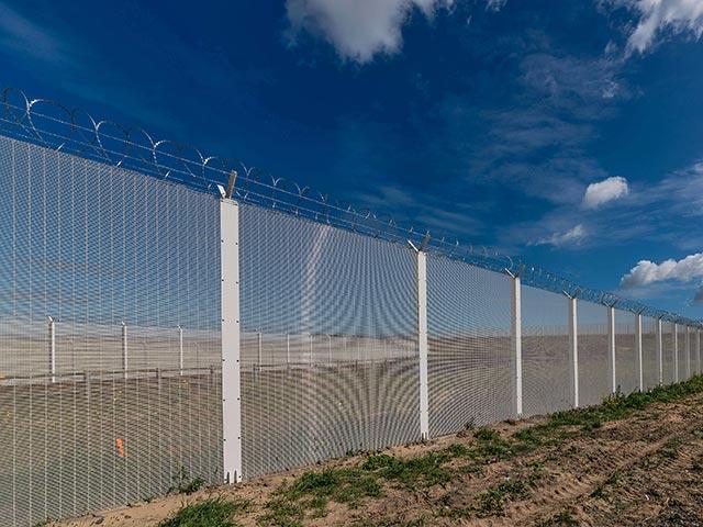 """В Черниговской области ищут тех, кто украл 1,8 млн. грн., выделенных на проект """"Стена"""""""