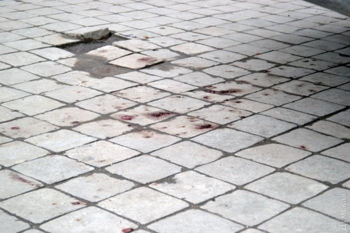 В Одессе охрана магазина чуть не убила вора за кражу колбасы