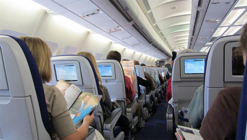 Драка на борту задержала в Египте три самолета с украинскими туристами