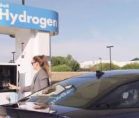 Toyota проводит испытания водородного двигателя в гоночных машинах