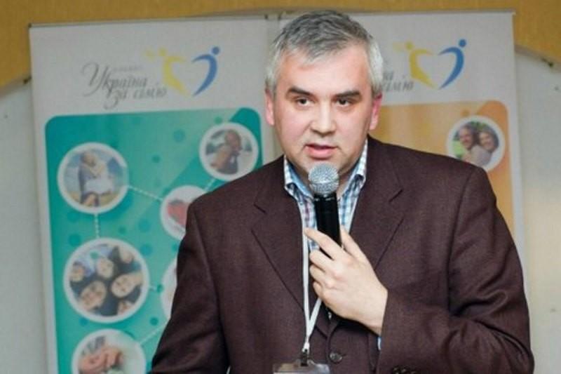 Кабмин решил не назначать уполномоченным по вопросам семьи Буковинского, отметившегося гомофобным высказыванием