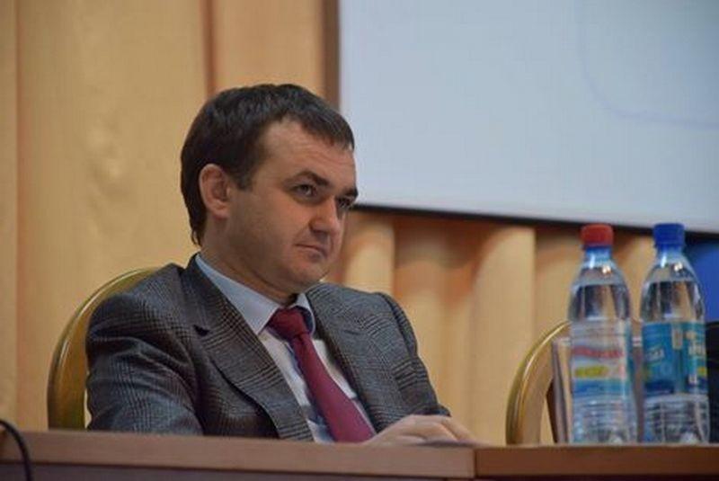 5 районов Николаевской области приняли программы развития автодорог. Но о выделенных на ремонт дорог суммах пока никто не говорит