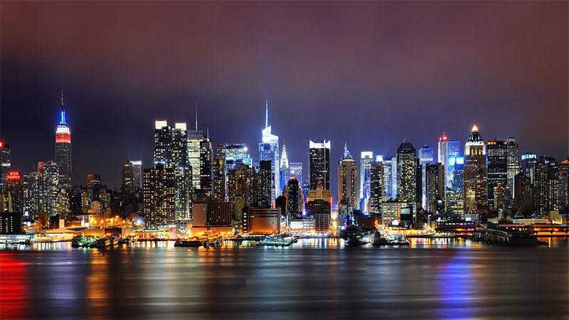 Миллионеры из Нью-Йорка попросили власти увеличить им налоги