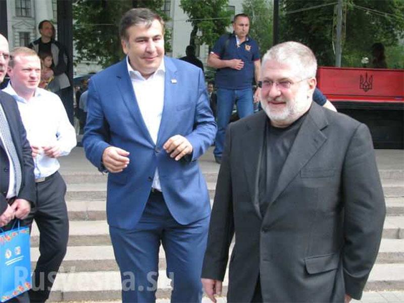 Саакашвили обвинил Коломойского в срыве Антикоррупционных форумов в Днепропетровске и Запорожье
