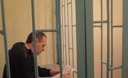 Украинского режиссера Cенцова этапировали из колонии в Челябинске