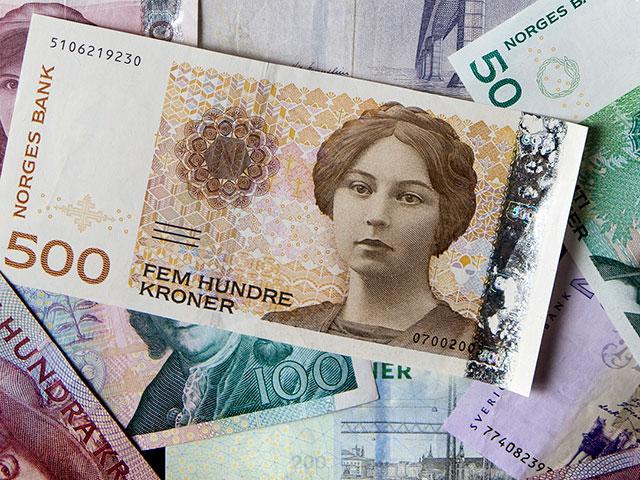 Forbes: В Россию на черный рынок попали миллионы наличных денег, украденных в ДНР и ЛНР