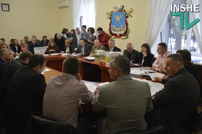 «Незаконные незаконным рознь»: депутаты-земельщики обратились к мэру Николаева о необходимости снести временные сооружения, не имеющие документов