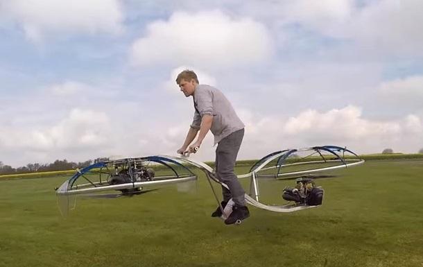Британец сконструировал летающий байк. Но еще работать и работать