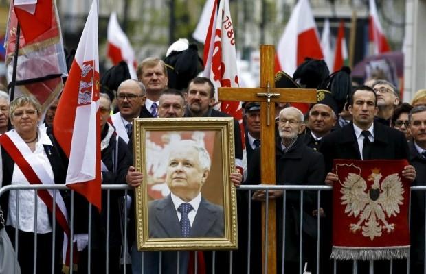 Шесть лет спустя: в Польше сегодня вспоминают погибших в Смоленской авиакатастрофе