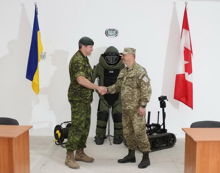 В Украине открылся класс подготовки специалистов по разминированию самодельных взрывных устройств