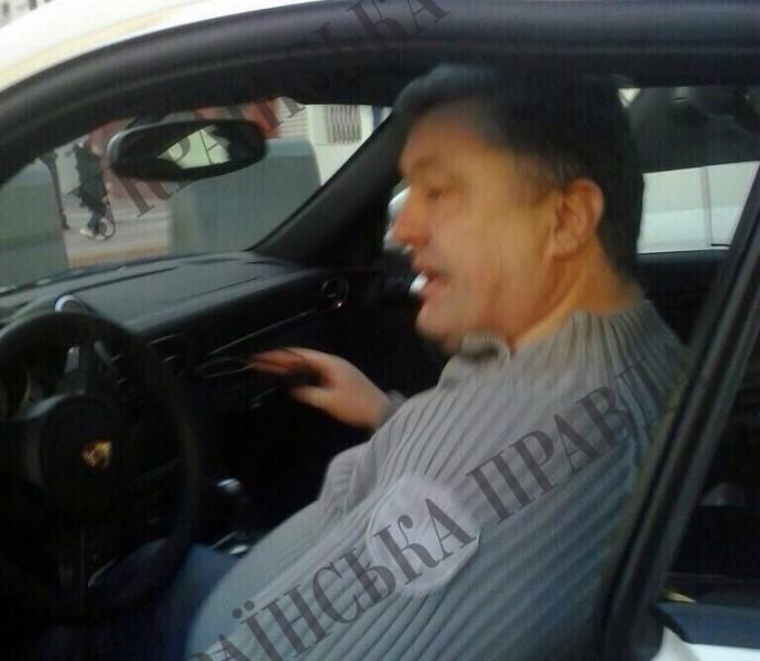 После публикации об отдыхе на собственной зарубежной вилле в АП подтвердили, что Порошенко ездил в Испанию с частным визитом