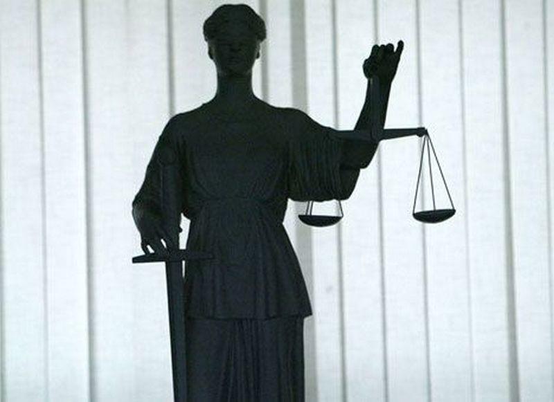 Суд арестовал двух несовершеннолетних, которые до смерти избили мужчину в Новом Буге (ВИДЕО)
