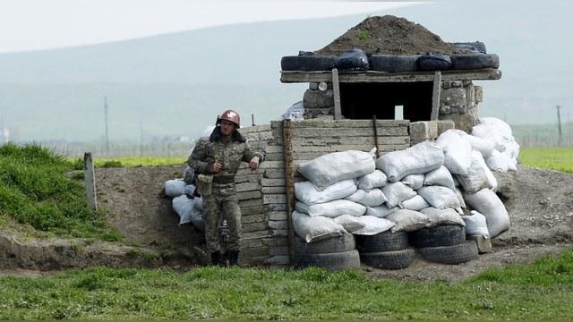 Пашинян хочет российских пограничников на границе с Азербайджаном