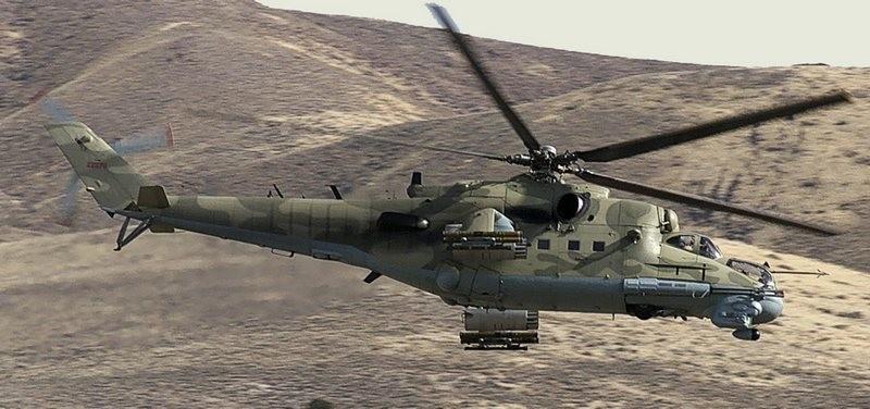 Президент вернул из Либерии 3 боевых вертолета – они могут пригодиться в АТО