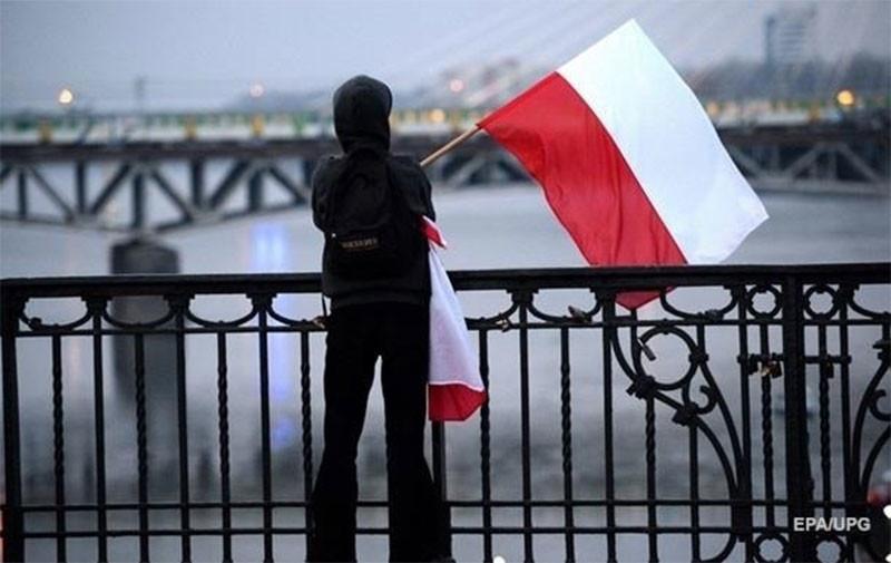 В Польше новый всплеск заболеваемости COVID-19