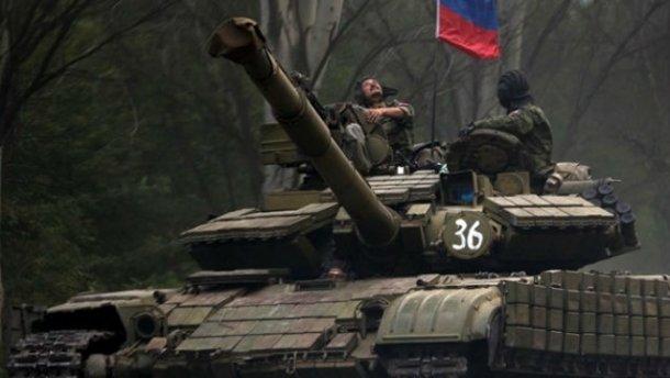 РФ стянула к украинской границе 250 танков