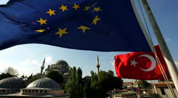 СМИ: ЕС и Турция согласовали критерии отбора беженцев