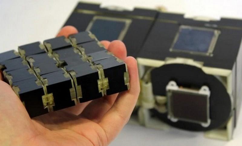 Кубиморф: британцы создали наполовину смартфон, наполовину кубик Рубика