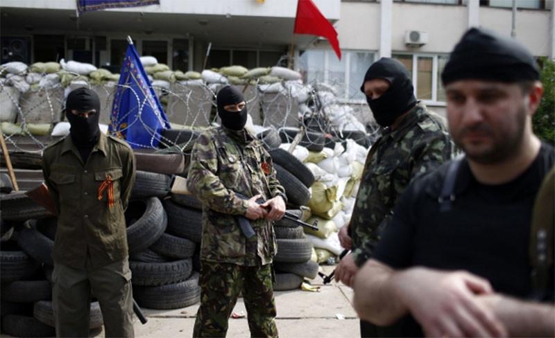 44% лиц, побывавших в «подвалах» боевиков, говорят, что их допрашивали военные России – правозащитник