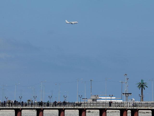 В РФ ищут самолет, который потерял тормозной барабан шасси в Сочинском аэропорту