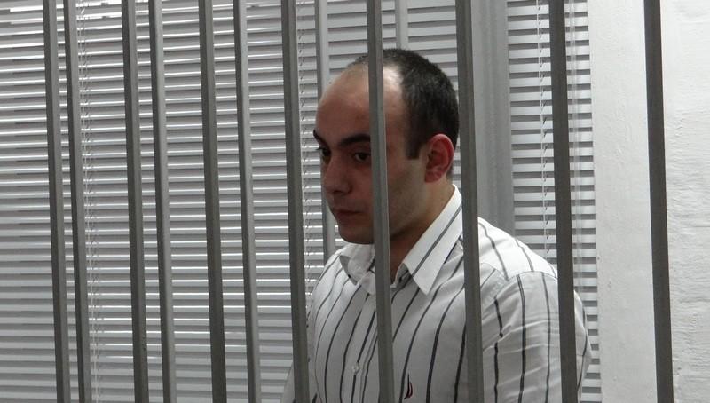 Николаевского полицейского оставили под стражей еще на два месяца