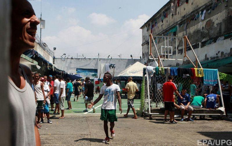 В тюрьме в Бразилии убили и расчленили более 30 заключенных