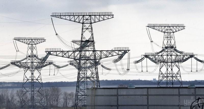 """""""Укрэнерго"""" полностью приостановило поставки электроэнергии в оккупированную часть Донбасса"""