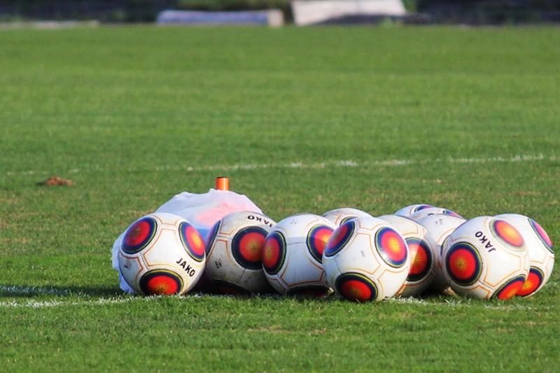 Один из лидеров футбольной Первой лиги прекращает существование