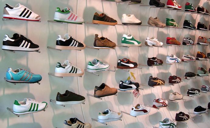 Как выбрать летнюю обувь: советы врача