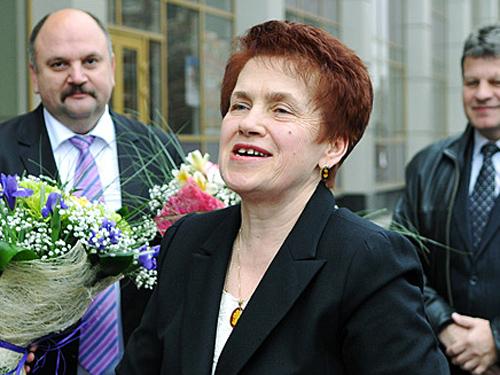 Людмила Янукович торгует в оккупированном Севастополе запрещёнными деликатесами – СМИ