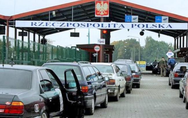 200 тысяч евро пытался вывезти в Польшу гражданин Украины