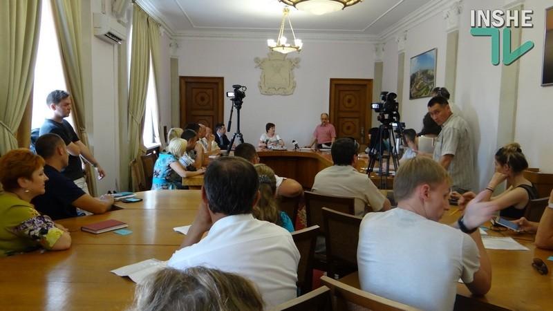 Николаевские предприниматели вновь не смогли договориться и отложили создание своего совета до сентября