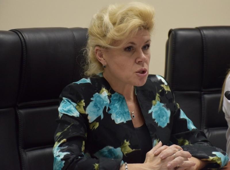 Начальник николаевского облоно Велиховская уходит в отставку