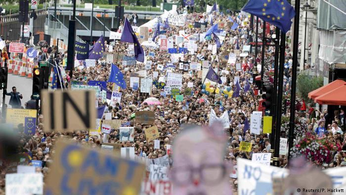 Британское правительство отклонило петицию о повторном референдуме