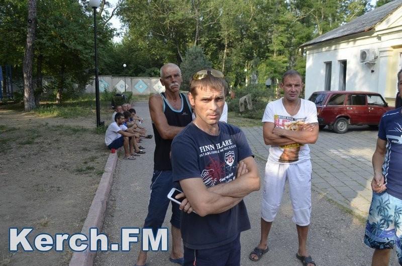 Работникам Керченского моста 2 месяца не платят зарплату